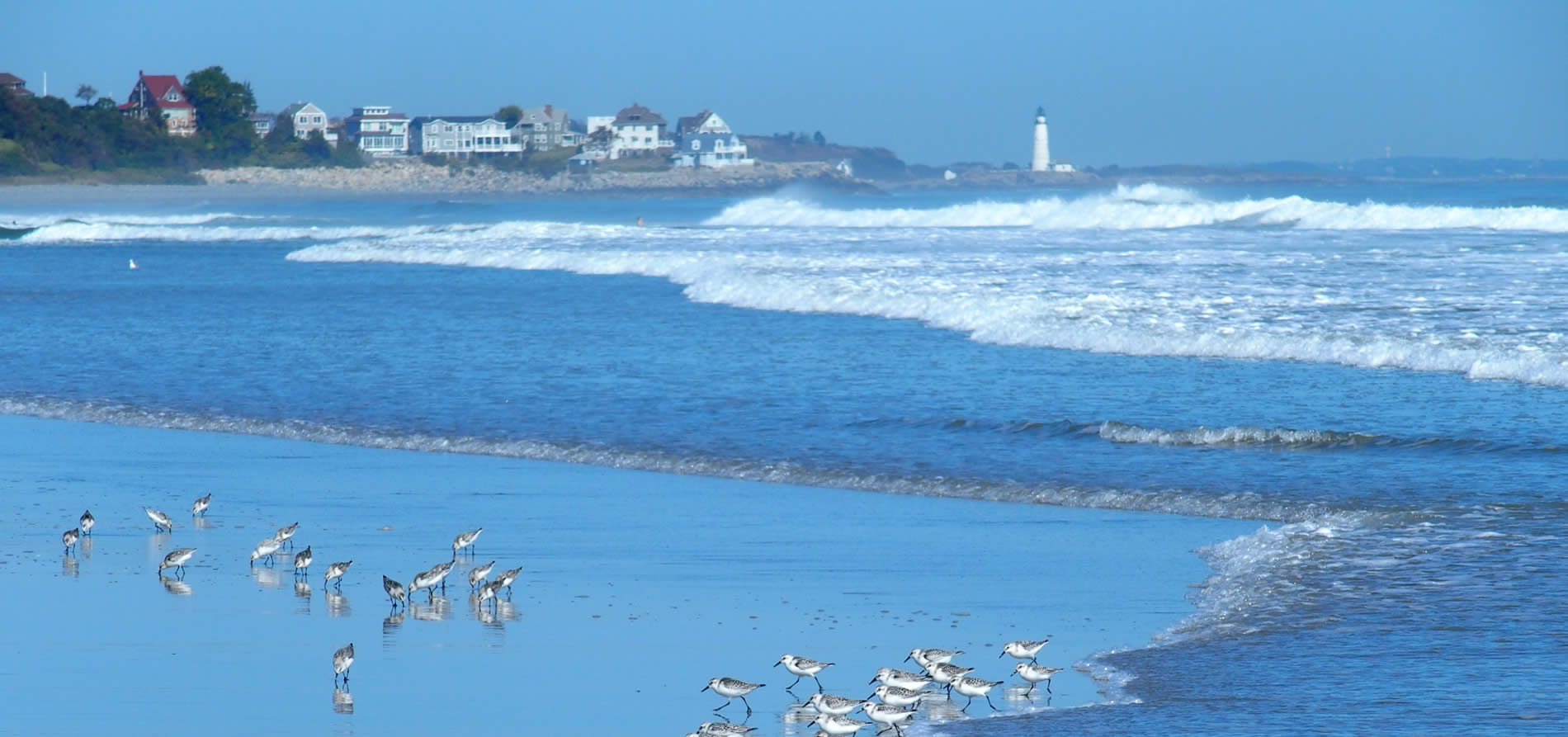 hull-mass-ocean-seagulls-lighthouse